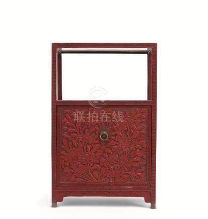 清中期 剔红牡丹纹博古架