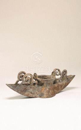 春秋 青铜舟形构件