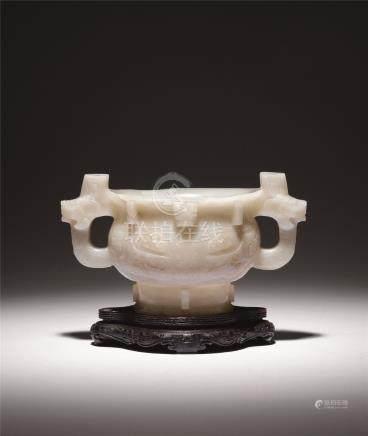 清中期 白玉饕餮纹簋式炉