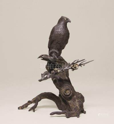 明治时期 铁铸鹰置物