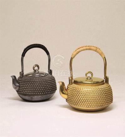 银雾散茶瓶 (一对)