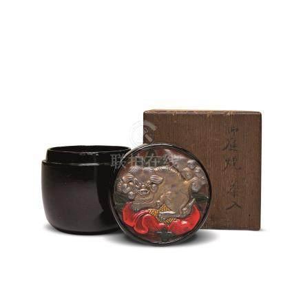江户时期 御庭烧牡丹狮子纹茶入