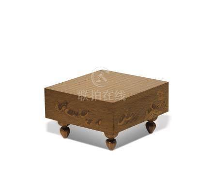 明治时期 金莳绘百鸟纹围棋形方盒