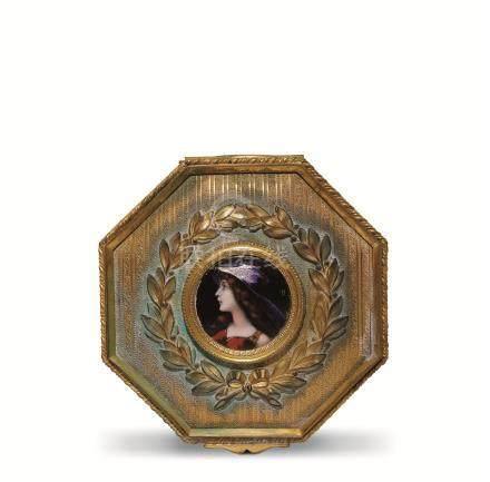 铜鎏金画珐琅西洋少女图八角盒