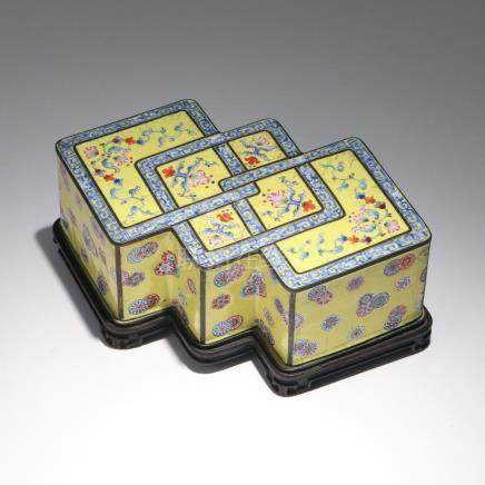 RARE CHINESE PAINTED ENAMEL BOX & STAND