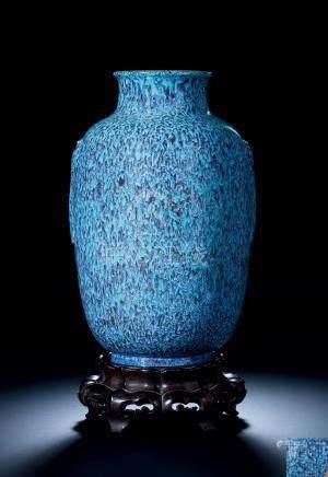 清乾隆 炉钧釉灯笼瓶