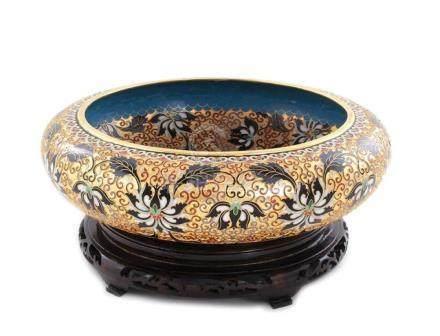 Massive Chinese enamel cloisonne center bowl (2 pcs)