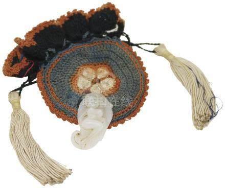 清 Qing Dynasty (1644 - 1940)  白玉芭蕉美人連舊收藏織錦袋