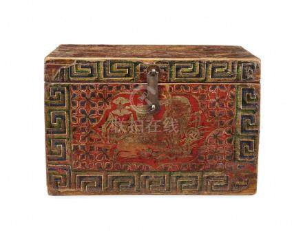 SMALL WOODEN COFFER
