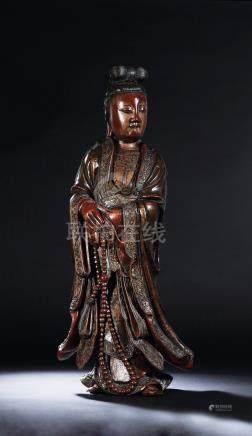 清康熙 漆雕彩绘观音立像