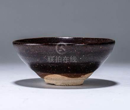 南宋 吉州窯泥繪紋盞