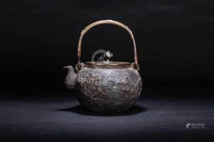 初代 龜文堂 鐵壺