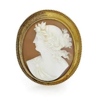 Gemmen-Brosche RG 585/000, ovale, fein geschnitzte