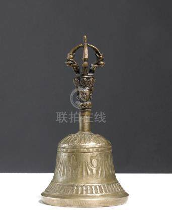 Cloche (Gantha)Tibet.Alliages métalliques.H. 16 cm