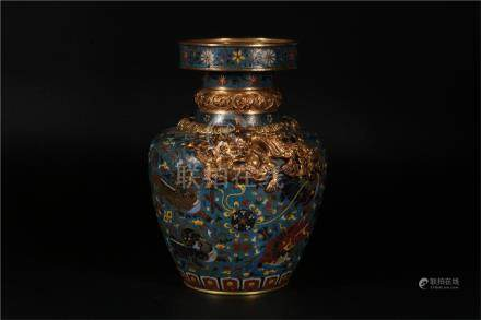 A CHINESE CLOISONNÉ DRAGON SHAPED-HANDLED VASE, MING