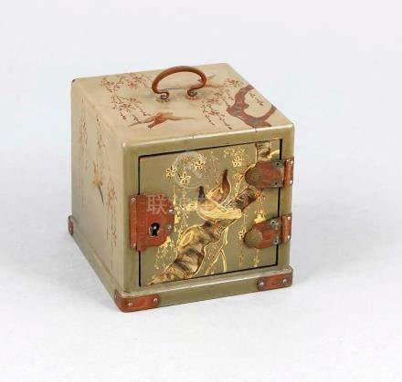 Small lacquer box in cube shape, probably Japan, mid 20th ce