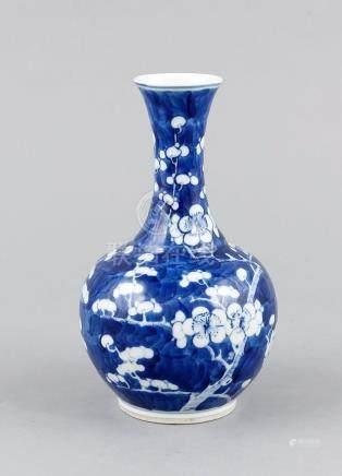 Small Prunus vase, China, around 1900, white-blue decor with