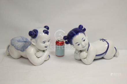 2 Chinese blue and white porcelain pillow