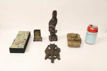 4 Chinese antique wood carvings, & one antique box