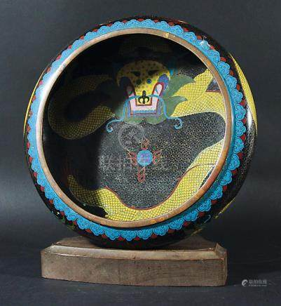 CHINESE CLOISONNE BOWL, early 20th century, the interior decorated with a dragon, Ming style mark to