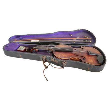 Antique Josef Guarenerius Violin 2 Bows