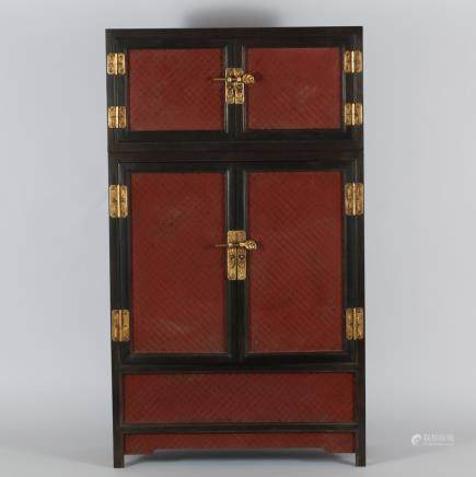 CHINESE LACQUER / ROSEWOOD CABINET