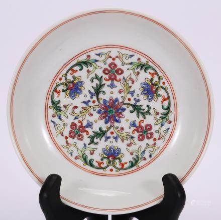 CHINESE FAMILLE ROSE FOLIAGE PORCELAIN PLATE
