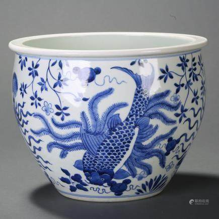 CHINESE BLUE WHITE GOLD FISH JAR