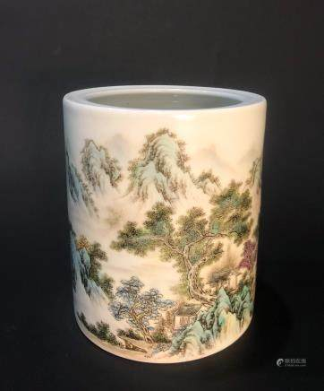 CHINESE FAMILLE ROSE PORCELAIN BRUSH POT