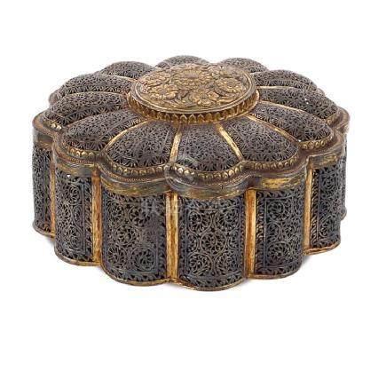 Silver and vermeil box oriental art, 19th -20th century