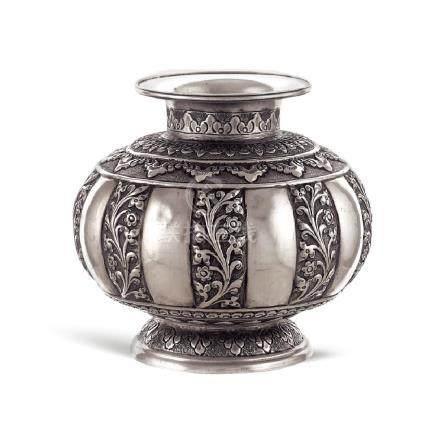 Silver vase Oriental art, 19th-20th century
