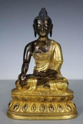 Chinese Beautiful Tibet Fine Bronze Gold Buddha ; Length: 4