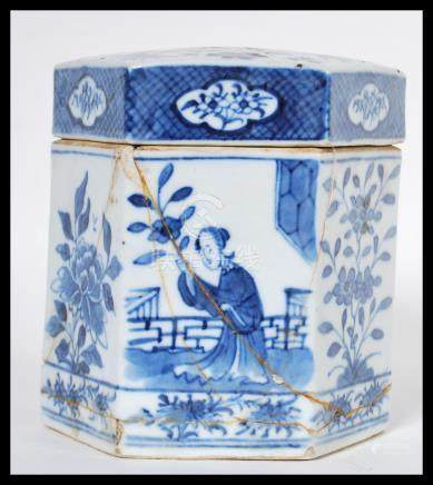 An early 19th Century Chinese porcelain blue and white tea caddy and lid / cover of hexagonal form