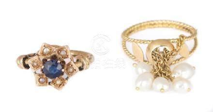 Lotto composto da due anelli di cui uno in oro