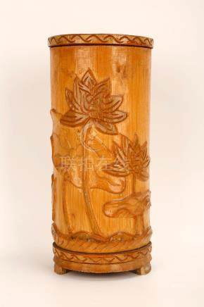 A BAMBOO BRUSH HOLDER CARVED WITH FLOWERS.M040