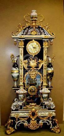Beautiful Large Porcelain Eneml Gold plating Clock