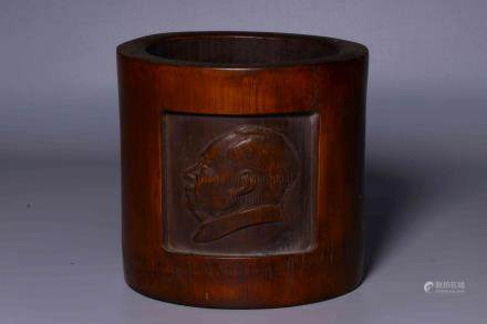BAMBOO CARVED 'CHAIRMAN MAO' BRUSH POT