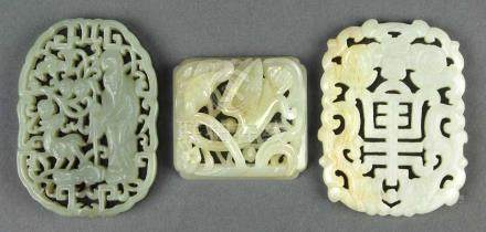 (lot of 3) Chinese hardstone plaques: first, a pierced jade plaques with Shoulao and deer amid pine;
