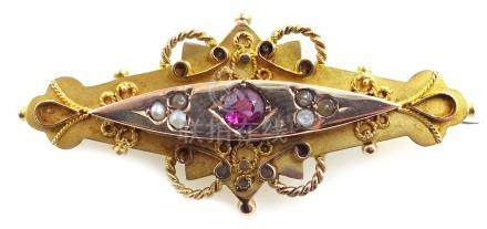 9ct gold seed pearl and amethyst set brooch, Chester 1913 Condition Report Approx 3.