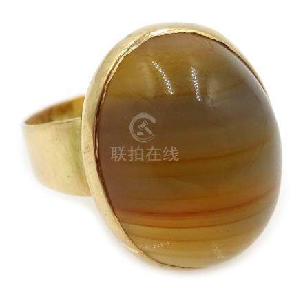 18ct gold (tested) cabochon yellow agate ring Condition Report Approx 6.