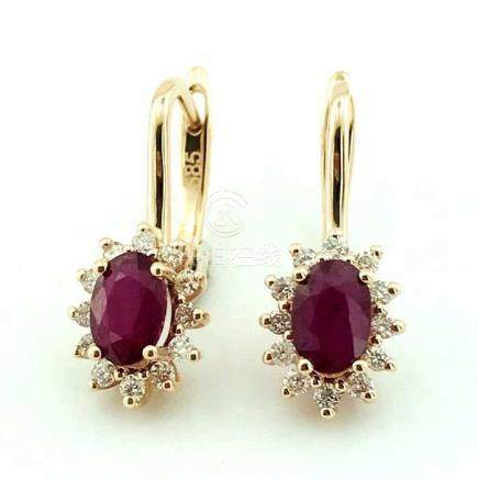 14K Pink Gold Cluster Earring set with 2 natural ruby and 24 brillant cut diamonds 1,30 ct in total