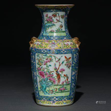 Jarrón en porcelana china familia amarilla. Trabajo Chino, Siglo XIX