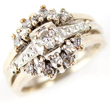 LADIES 14K YELLOW GOLD DIAMOND WEDDING SET