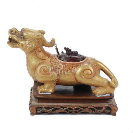 CHINESE INCENSE BURNER IN FORM OF CHIMERA, 19TH – 20TH CENT