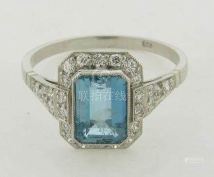 Art Deco Platinum Diamonds Emerald Cut 1.25 Carat Aquamarine