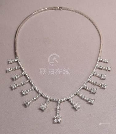 Superb 8 Carats GH Color VS1 Clarity Diamonds Leo Pizzo Neck