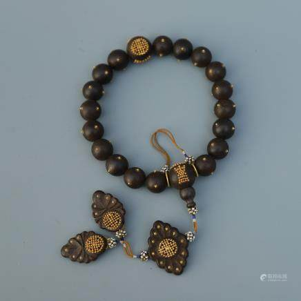 A Chinese Chenxiang Bracelet With Glit Decorations
