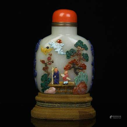 A Chinese Carved Jade Snuff Bottle