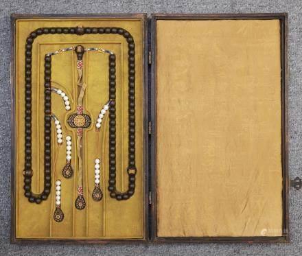 A Chinese Chenxiang Chaozhu In Wooden Box