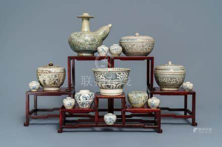 A collection of blue and white Annamese wares, incl. Hoi An Hoard, Vietnam, 14/15th C.